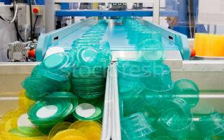 Из чего делают пластмассу, и технология производства пластмасс